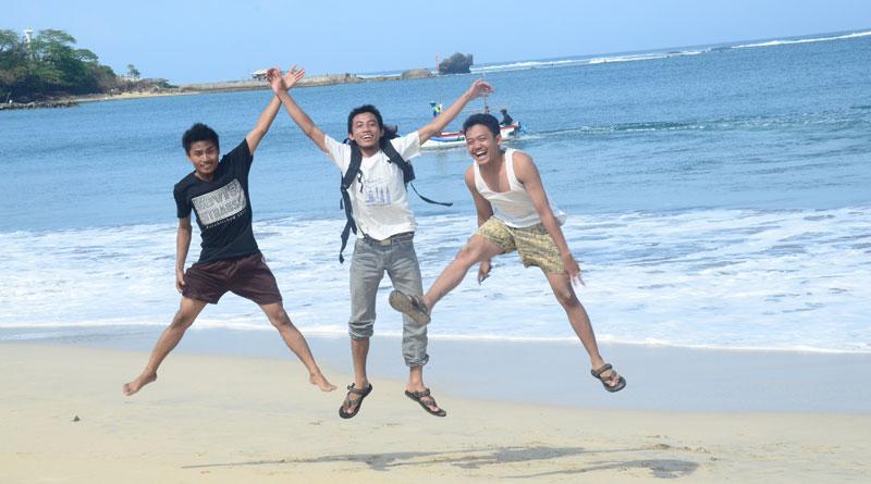 tips_liburan_kepantai